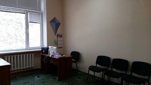 Продается отдельно стоящее торгово-офисное здание 1300 кв.м. - Фото 2