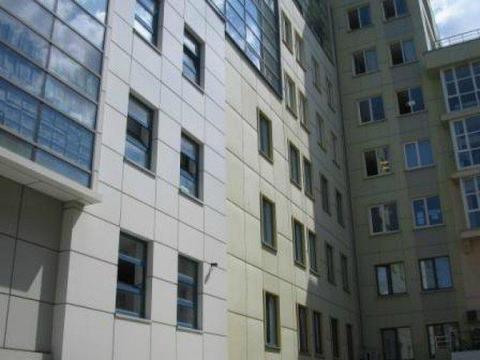Офис с террасой в центре. - Фото 1
