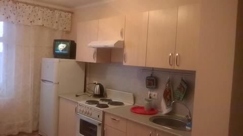 Сдаю 2-комнатную квартиру - Фото 1