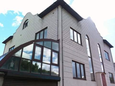 Продам: дом 969.1 м2 на участке 10 сот. - Фото 1