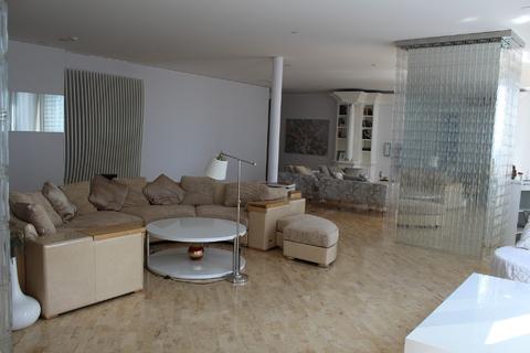 Продажа апартаментов - Фото 4