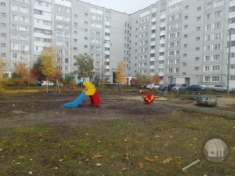 Продается 2-комнатная квартира, ул. Антонова - Фото 3