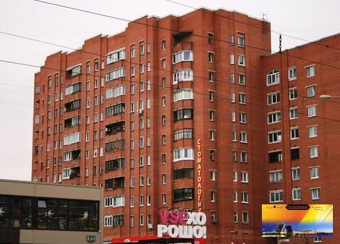 Хорошая Трехкомнатная квартира в кирпичном доме у метро Комендантский - Фото 2