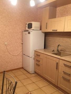 Аренда 1 комнатной квартиры. Квартира в кирпичном доме.Огороженная . - Фото 1