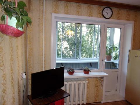 2 400 000 Руб., Продаётся 2-комнатная квартира на бульваре Постышева, Купить квартиру в Иркутске по недорогой цене, ID объекта - 321383835 - Фото 1