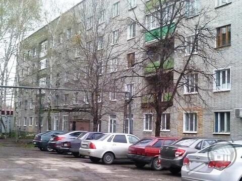 Продается комната с ок, ул. Заводская - Фото 1