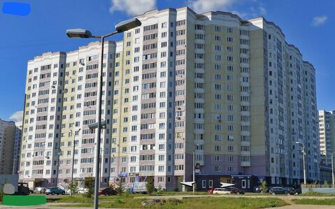 Продается однокомнатная квартира в панельном доме серии ип-46с. улица - Фото 1