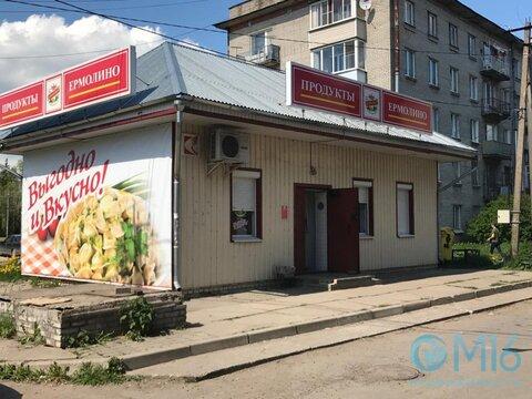 Здание в центре поселка Малое Верево - Фото 1