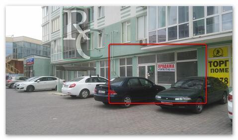 Продается торговое помещение в первой линии на улице Колобова - Фото 2