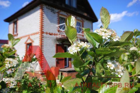 Великолепная дача с двухэтажным кирпичным домом и прудом - Фото 5