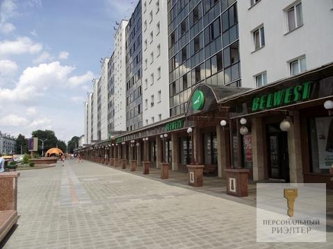 2-к квартира на площади - Фото 1