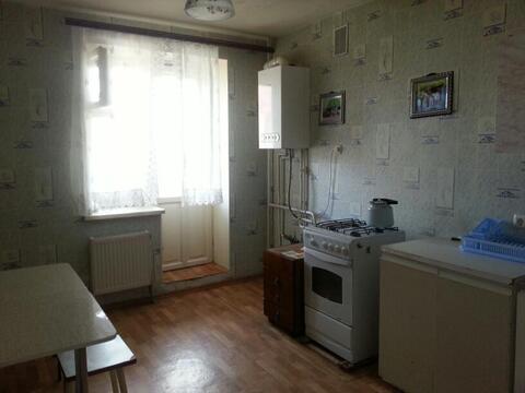 Сдам 3-х комн. кв ул. Вишневая, д. 21(без мебели) - Фото 1