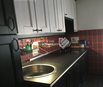 Продаём квартиру на ул.Таможенный проезд, д.8к2 - Фото 1