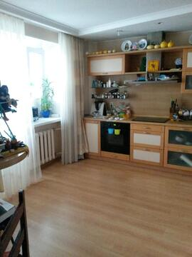 Квартира на Урожайном, Купить квартиру в Барнауле по недорогой цене, ID объекта - 315946285 - Фото 1