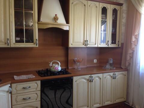 Продается 3-комнатная квартира на ул. Космонавта Комарова - Фото 1