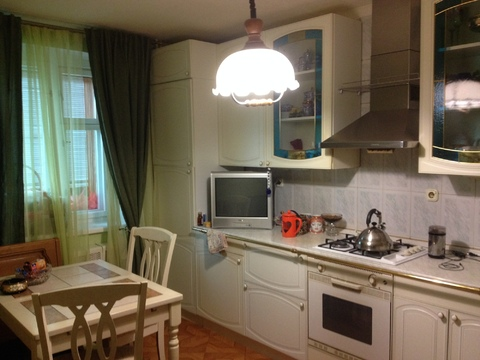 4-х комнатная квартира 141 м2 - Фото 1