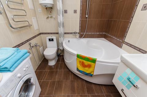 1-комнатная посуточно с угловой ванной в новом доме на ул.Невзоровых - Фото 4