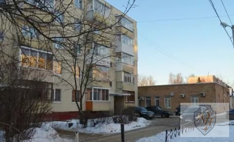 3-комнатная квартира в центре Можайска (20 Января д. 6) - Фото 1