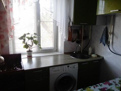 Продам 2 комнатную изолированную малогабаритную квартиру в Таганроге - Фото 1
