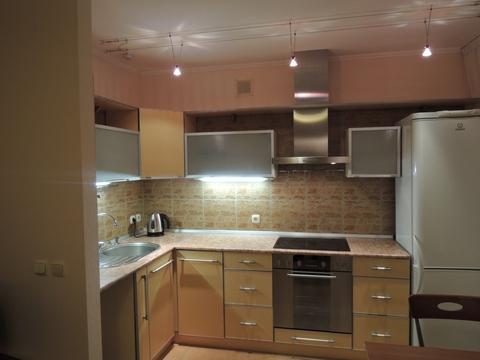 Отличная двух комнатная квартира в Центральном районе города Кемерово - Фото 1