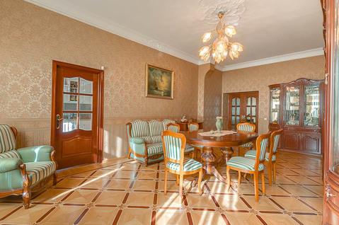 Изумительной красоты красоты 3-х квартира 120 кв.м. на Невском пр. - Фото 2