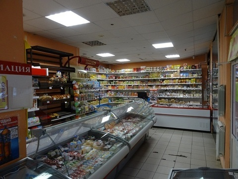 Работающий продовольственный магазин, Чкаловский р-н Екатеринбурга. - Фото 3