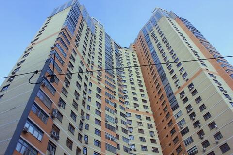 Трехкомнатная квартира с дизайнерским ремонтом продается свободной - Фото 2