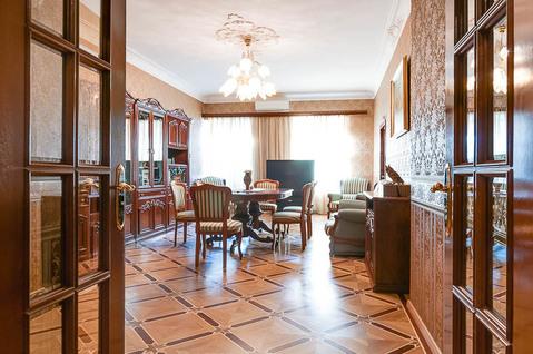 Изумительной красоты красоты 3-х квартира 120 кв.м. на Невском пр. - Фото 3