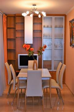 Отличная квартира с дизайнерским ремонтом в современном кирпичном доме - Фото 2