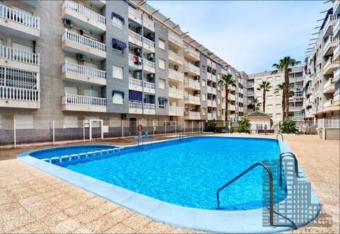 Квартира с видом на бассейн в Испании на берегу Коста Бланка - Фото 1