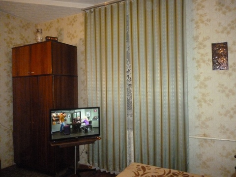 Продаю 2 комн квартиру м. Ленинская - Фото 1