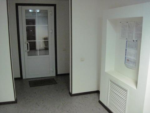 Офисное помещение на первом этаже жилого нового дома - Фото 4