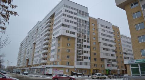 Современная 1-комн. квартира с гардеробной комнатой в кирпичном доме - Фото 1