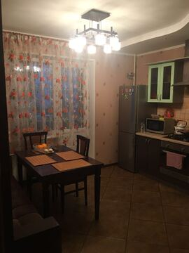 Кухня 15 кв. м . Три балкона .Общая площадь 68 кв.м . Комнаты изолиров - Фото 5
