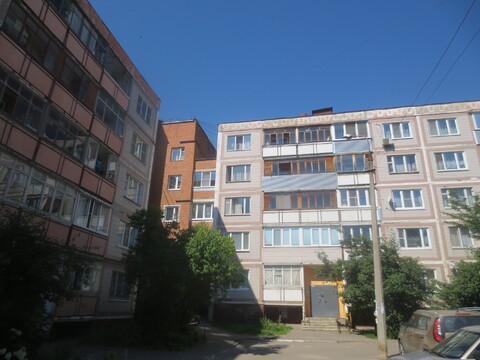 Сдам 2 к. кв. в центре г. Серпухова, ул. Борисовское шоссе 30-19 - Фото 1