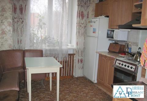 Сдается комната в двухкомнатной квартире в Москве, 20м пешком до метро - Фото 2