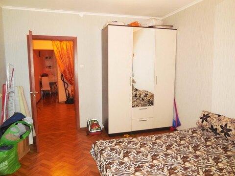 2-х комнатная квартира 64м2 (улучшенка). Этаж: 4/5 панельного дома. - Фото 2
