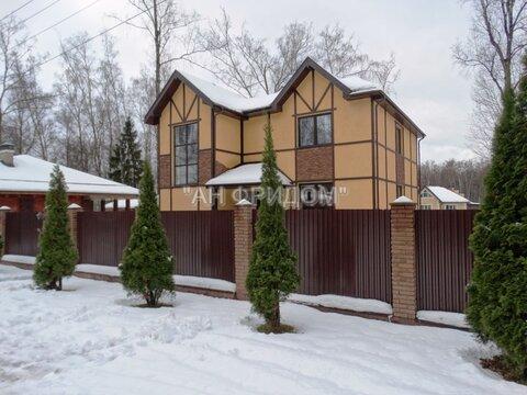 Коттедж 350 кв.м. 15 сот. в лесу 5 км от Москвы - Фото 1