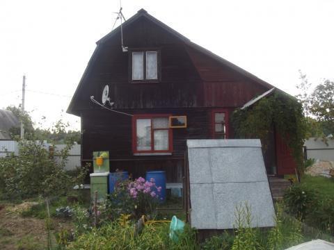 Продается 2х этажная дача 40 кв.м, на участке 6 соток - Фото 1