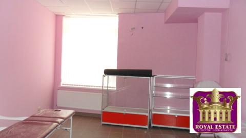 Сдам массажный кабинет 22 м2 1 этаж пл. Куйбышева - Фото 1