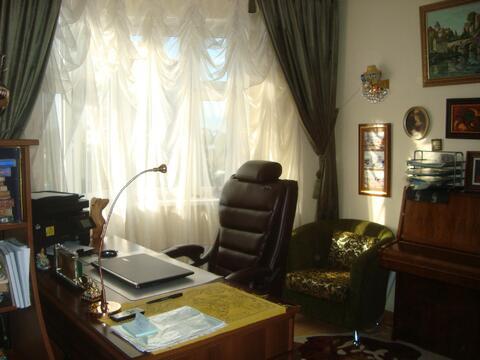 Большая двух комнатная квартира 64 кв. м. кухня 13 - эркер - Фото 1