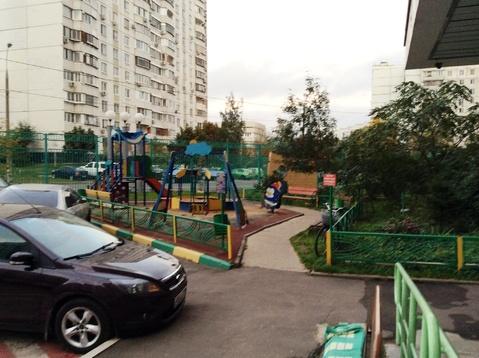Комната в 3-х к. кв, м.Строгтно, ул. Твардовского, 4к2 - Фото 3