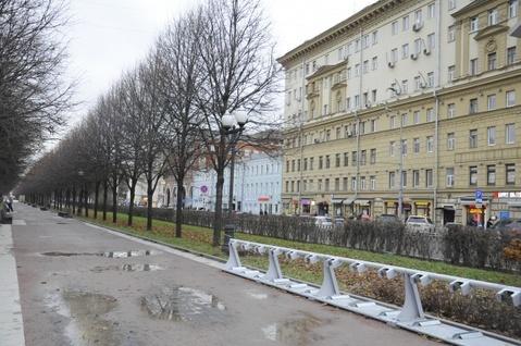 Продается Трехкомн. кв. г.Москва, Цветной б-р, 25стр1 - Фото 2
