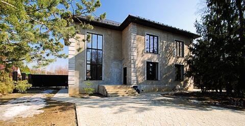 Замечательный, кирпичный дом в Голицыно, 378 м2, участок 8 соток. - Фото 1