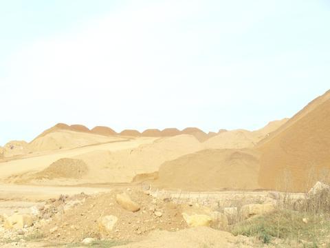 Продаю песчаный карьер в Калужской области