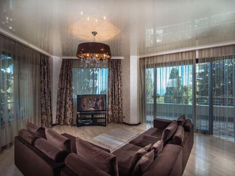 3-комнатная квартира с ремонтом в Приморском парке с прекрасным видом - Фото 3