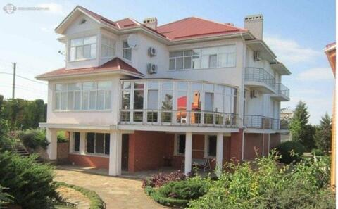 Продам видовой элитный особняк в Крыму площадью 900 кв.м на участке 90 . - Фото 1