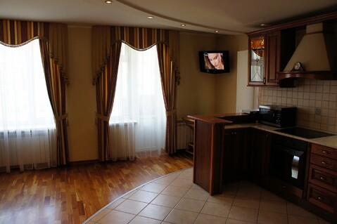 Подажа пятикомнатной квартиры - Фото 1