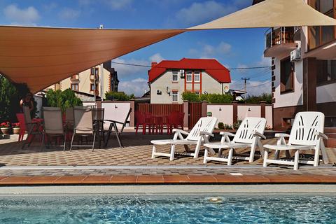 Гостинично-Ресторанный комплекс в Геленджике, 22 номера, ресторан - Фото 4