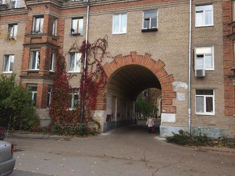 "Продам 2-х комнатную квартиру ""сталинку"" в центре г.Жуковского - Фото 2"